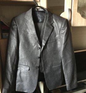 Фирменный костюм от Nariman