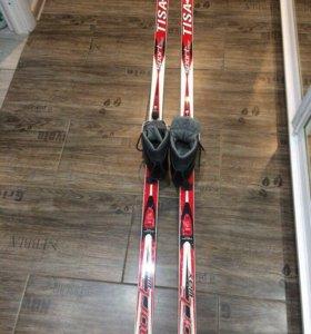 Лыжи с ботинками. Размер 38