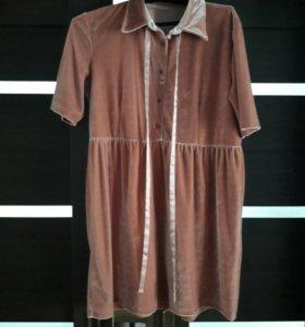 Платье из бархата. Новое