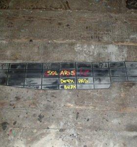 Дефлектор радиатора Hyundai Solaris