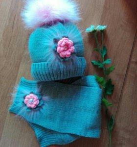 Шапка  на завязках и шарфик зимний комплект