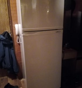 холодильник 2-х камерный б/у