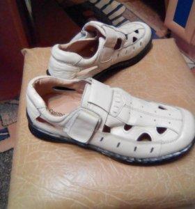сандалии для мальчика