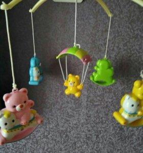 Игрушки на детскую мобиль