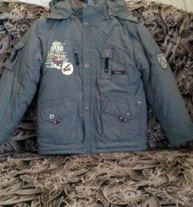 Куртка зимняя на мальчика(рост 128)