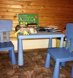 Детский столик и два стула Икеа