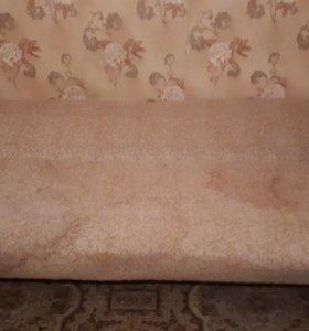Продается диван раскладной б/у