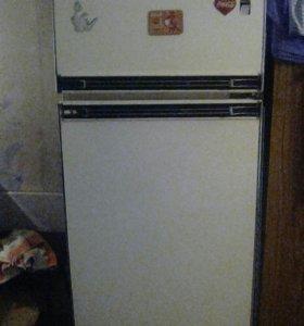 Холодильник, телевизор