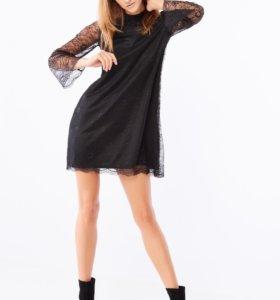 Кружевное платье р.48