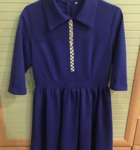 Синее красивое праздничное платье