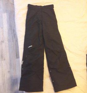 Лыжные (сноубордические) штаны р42 сост новых