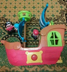 Музыкальный пиратский корабль