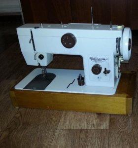 """Швейная машинка """"Чайка-134А""""."""