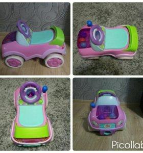 Машинка-каталка для девочки.