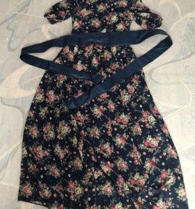 Платья, размер синего 42-44, чёрное 40