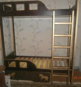 двухъярусная кровать из массива ясеня