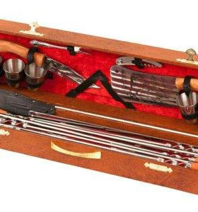 Подарочный набор шампуров в чемодане