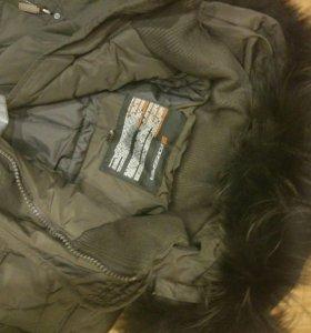 Зимняя куртка новая forssmer