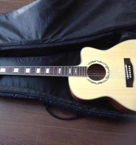 Гитара акустическая с чехлом и 2 наборами струн
