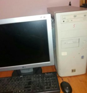 Компьютер ж.к монитор комплект нормально работает