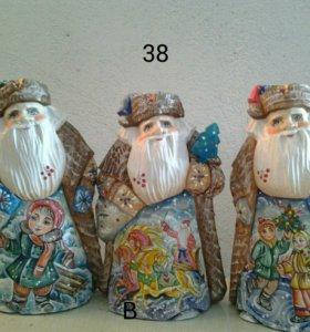 Продажа новогодних и рождественских сувениров