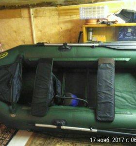 Лодка ПВХстрелка 270 Люкс