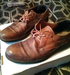 Ботинки р 43