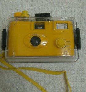 Фотоаппарат для подводной съёмки со вспышкой