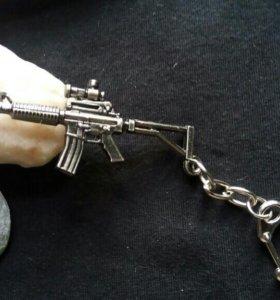 Новые брелоки оружия