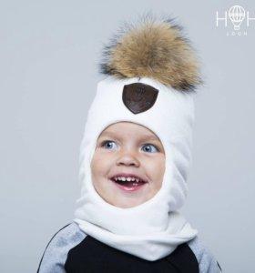 Зимняя шапка-шлем с натуральным помпоном, молочный