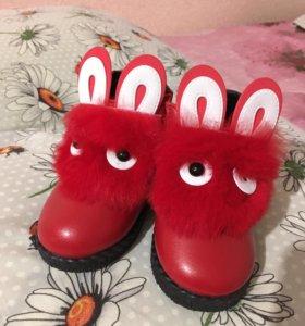 Ботиночки-зайки для девочки