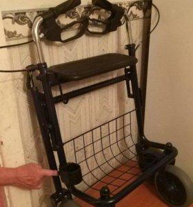 Ходунки-роллаторы для инвалидов RollQuattro