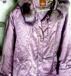 Пуховая куртка с капюшоном 56-58 р.