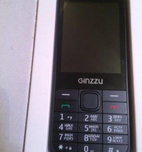 Продаю телефон Ginzzu
