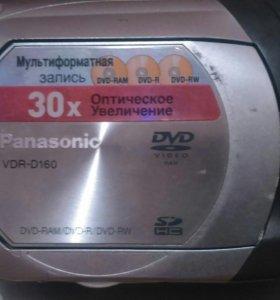 Видео камера PANASONIC