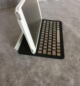 iPad mini (белый) + клавиатура Loctek