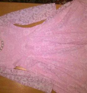 Платье с подюбником