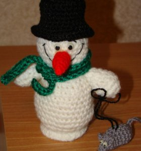 Снеговик вязаный