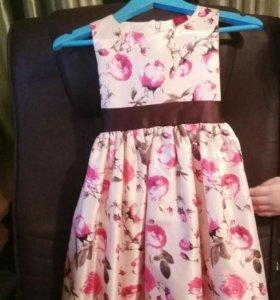 Платье, на 5 лет, б/у