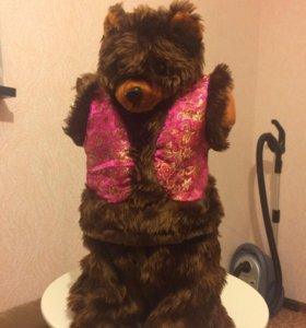Медведь меховой