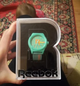 Часы новые Reebok original
