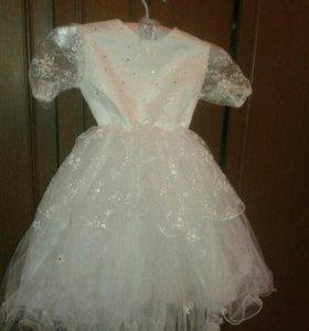 Новогоднее платье снежинки