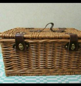 Плетеная корзина для пикника. Новая