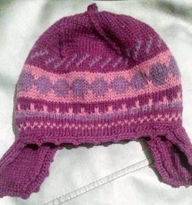 Детская шапка ручной вязки