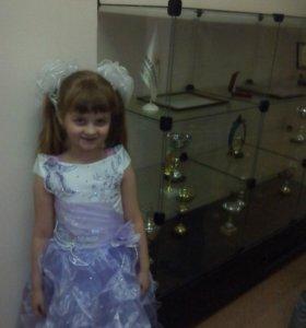 продам атласное платье на р. от 116-132