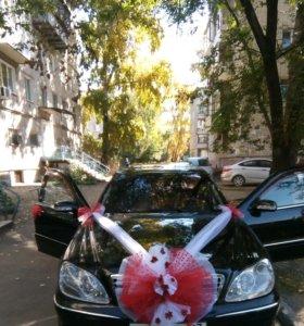 Свадебные украшения на машину, свадебные букеты