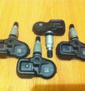 Датчики давления шин для Тойоты.