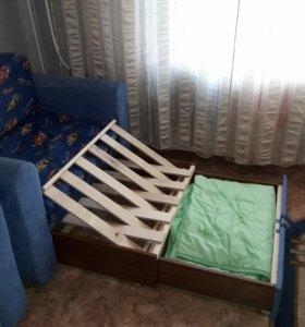 Детские кресла-кровать.цена за одно.