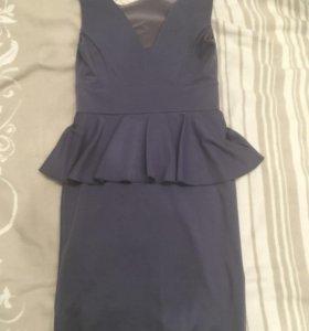 Платье с баской casino