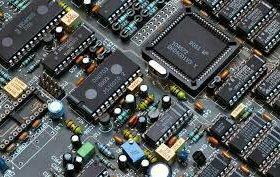 Продам конденсаторы разных ёмкостей.